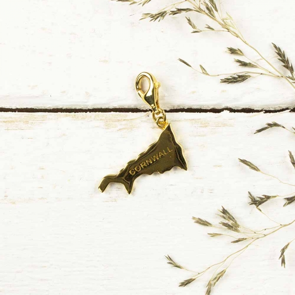 509657-map-charm-gold