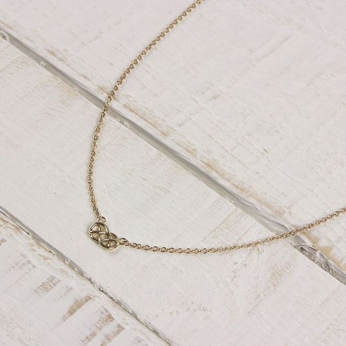 Demelza-gold-chain-necklace