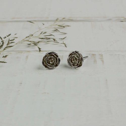 Woodland_largerosestuds_silver